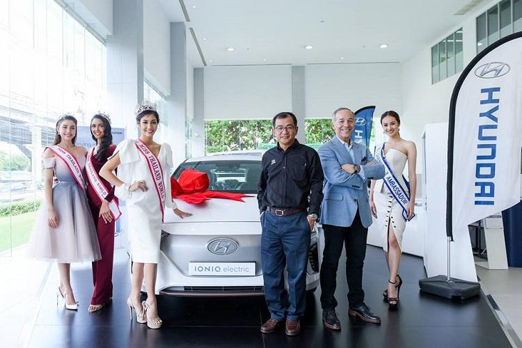 คณะมิสไทยแลนด์เวิลด์ 2018 เข้าขอบคุณผู้บริหารบริษัท ฮุนได มอเตอร์ (ไทยแลนด์) จำกัด