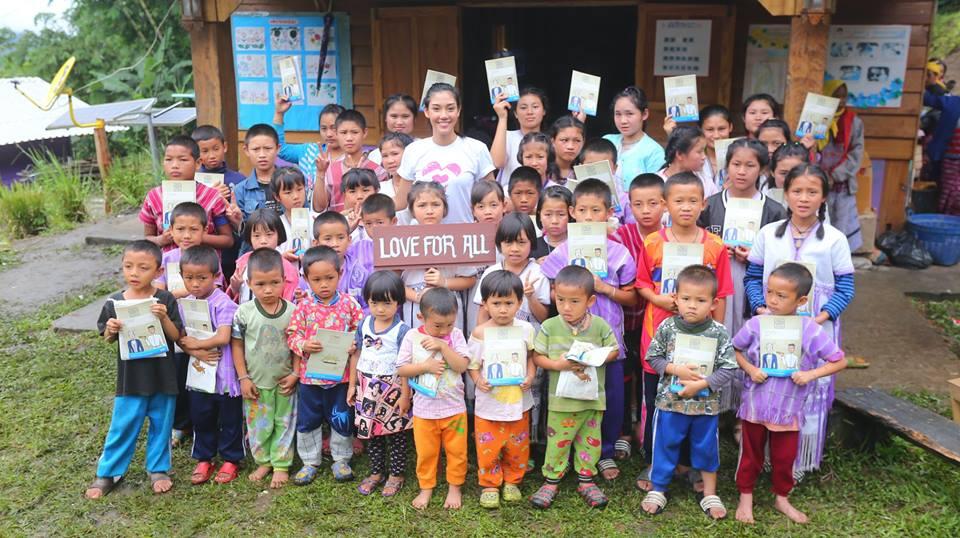 นิโคลีน มิสไทยแลนด์เวิลด์2018  กับ โครงการคืนรอยยิ้มสู่ถิ่นไกล ปีที่2