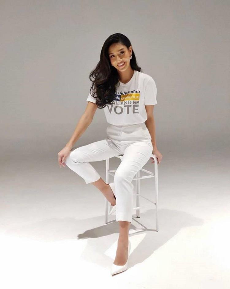 นิโคลีน ได้รับคัดเลือกให้เป็น 1 ในพรีเซ็นเตอร์ของแคมเปญรณรงค์ให้คนไทยไปใช้สิทธิ์เลือกตั้ง 2562