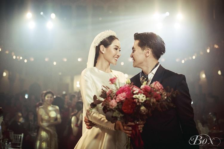 หนูสิ มิสไทยแลนด์เวิลด์ 2010 ความรักสุขงอม เข้าประตูวิวาห์วันวาเลนไทน์ กับ CEO หนุ่มไฟแรง