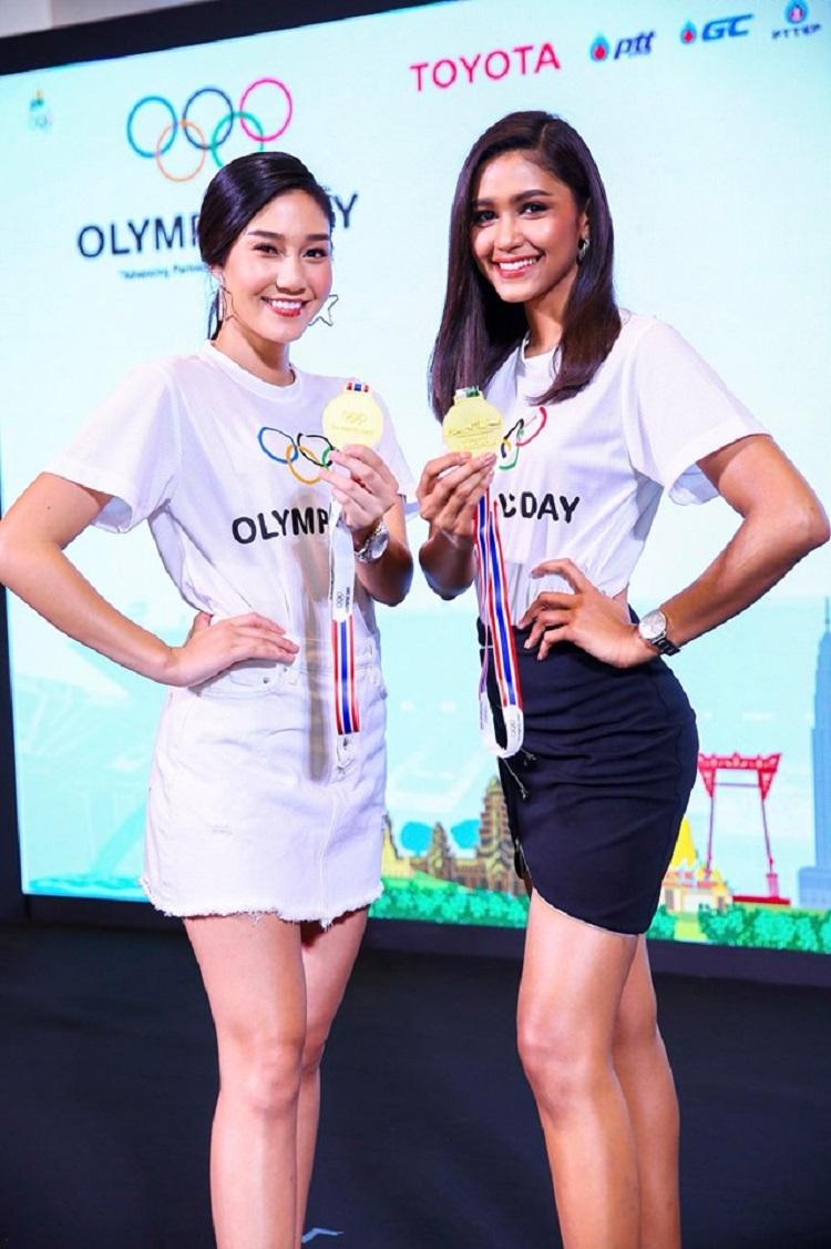 """นิโคลีน และแพรว สาวงามมิสไทยแลนด์เวิลด์ 2018 ร่วมงานแถลงข่าวกิจกรรม """"เดิน – วิ่ง 2019 โอลิมปิค เดย์"""""""