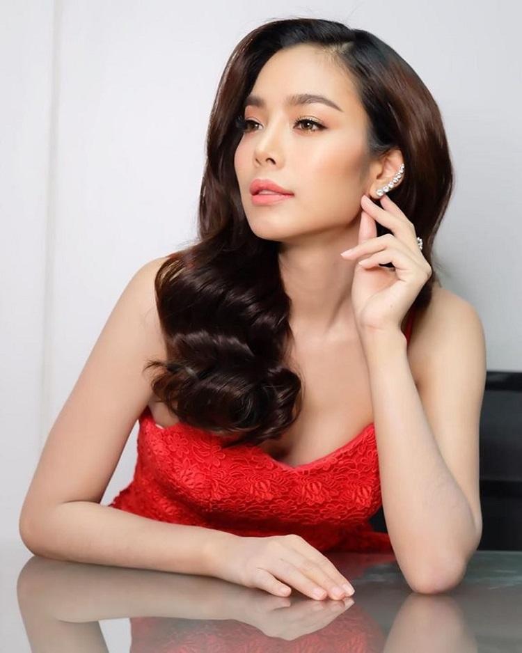 เฟร้นส์ฟราย Miss Thailand World 2015 รับหน้าพิธีกรภาษาอังกฤษ ในงาน The 100 year anniversary of Negroni