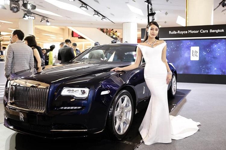 'นิโคลีน-พิชาภา ลิมศนุกาญจน์'รองอันดับ 1 Miss World 2018 ในงาน 'MGC-ASIA AUTO FEST 2019'