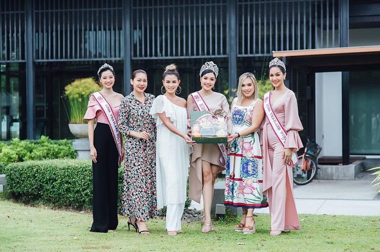 คณะมิสไทยแลนด์เวิลด์ 2019 เข้าขอบคุณบริษัท ริช เกิร์ลส์ จำกัด