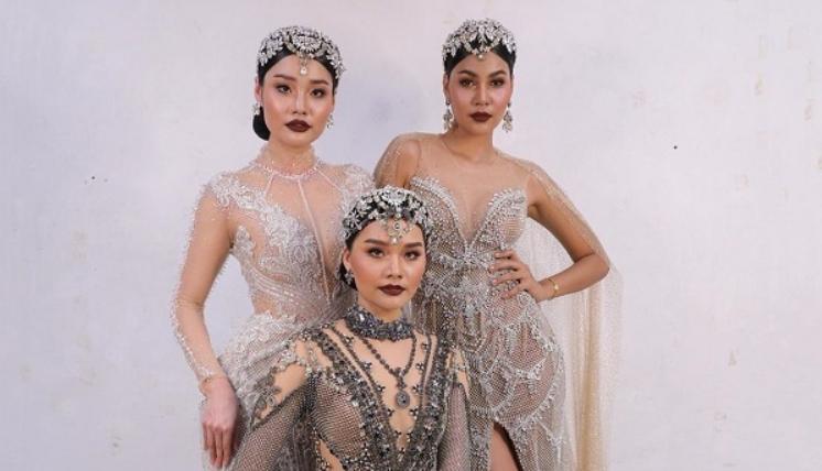 """สุดปัง! มิลค์ รองอันดับ 1 Miss Thailand World 2016 ร่วมเดินแบบงาน """" T R I N I T Y """" 10th Anniversary Celebration Body Painting and Costume Design Showcase 2019"""