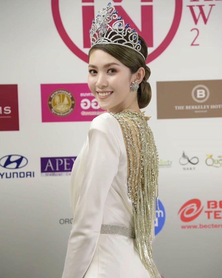 """นางงามสายสตรอง! วิว-พงศ์ชนก Miss Thailand World 2009 ชวน Challenge ช่วยเหลือ พี่น้องชาว จ. กระบี่ โครงการ """"อิ่มได้สู้ต่อได้"""""""