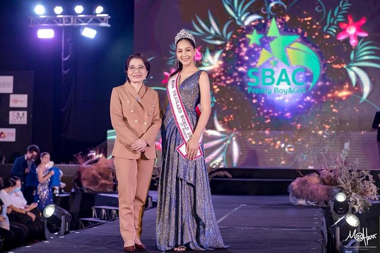 """แผ่นฟิล์ม  รองอันดับ 1 Miss Thailand World 2019  ร่วมงานเสวนาหัวข้อ """"เยาวชนยุคใหม่ใส่ใจการบูลลี่"""""""